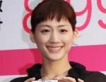 """【紅白歌合戦2014】綾瀬はるか""""花は咲く""""動画と日本生命の歌"""